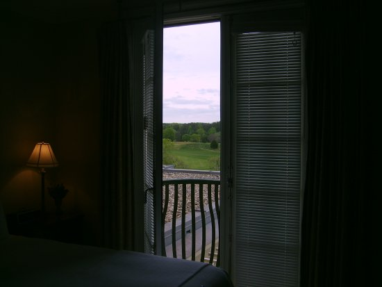 Keswick, VA: room with balcony to gold course