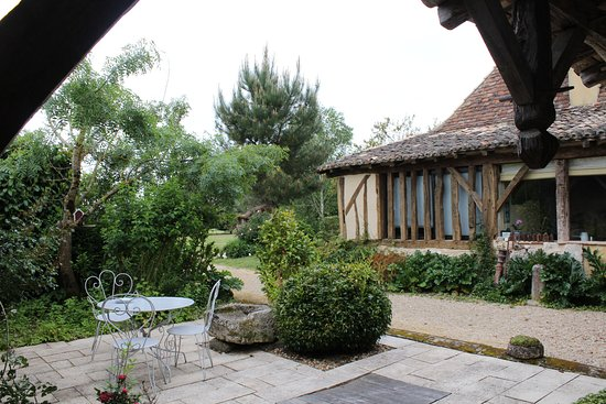 Saint-Remy, France: terrasse