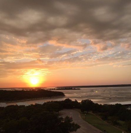 Denison, TX: Sunset at Lake Texoma