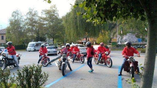 Magreglio - Passo del Ghisallo. Meeting di moto d'epoca.