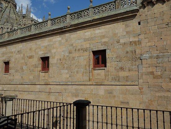 Foto van nh salamanca puerta de la catedral for Puertas salamanca