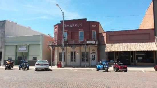 Wellsville KS Smokey's BBQ Grill