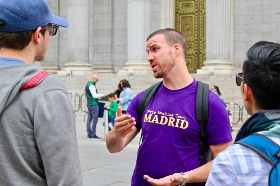 ‪Free Walking Tours Madrid‬