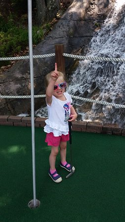Clarks Summit, PA: Mini-Golf