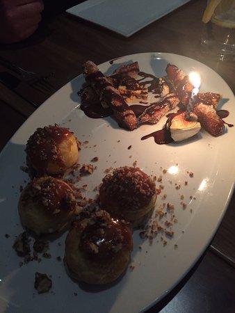 Saint-Lambert, Canadá: Birthday dessert (churros)