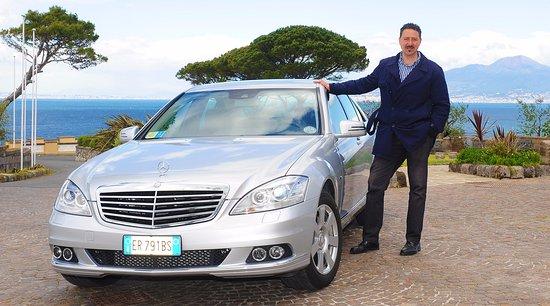 Amalfi-drive Limousine Service Tours: Our Mercedes S class sedan