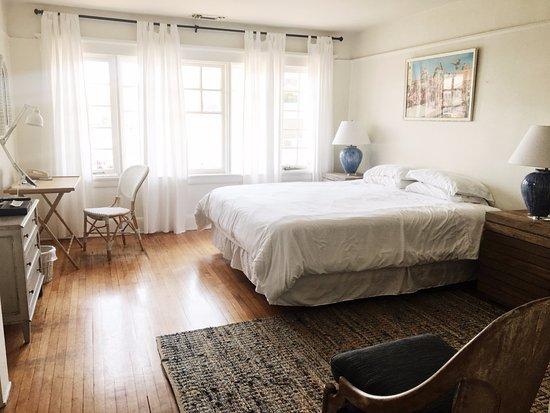Venice Beach House: Enjoy Coras Cora with en suite bathroom & complimentary wifi.