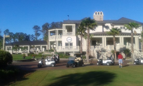 Harbour Town Golf Links at Sea Pines: Clubhouse at Harbour Town