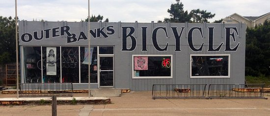 Kill Devil Hills, Kuzey Carolina: Bike Repair Shop, Bike Rental Shop, Water Sports Rental Shop