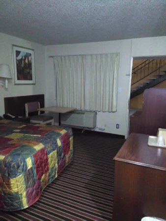 Red Carpet Inn Opelika: Overview
