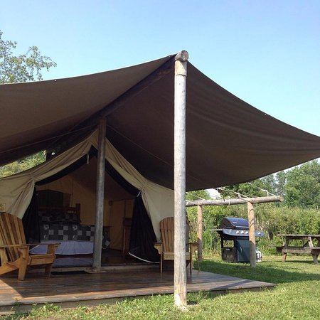 Dunnville, Canada: Grace Bay - Tent #5