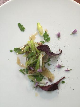 L'angelique: foie gras cebette et fleur de ciboule