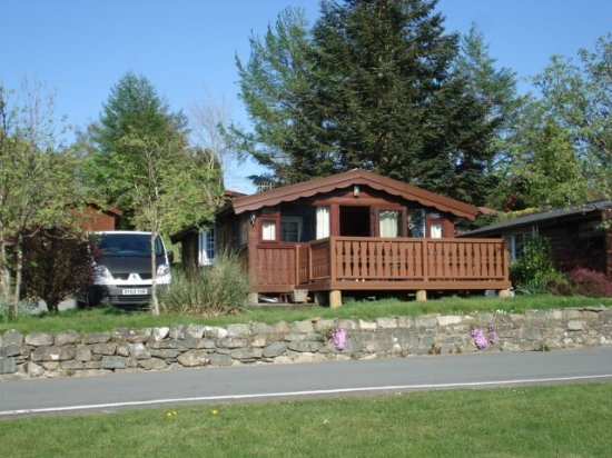 Bronaber, UK: Our cabin across the road from reception and shop.