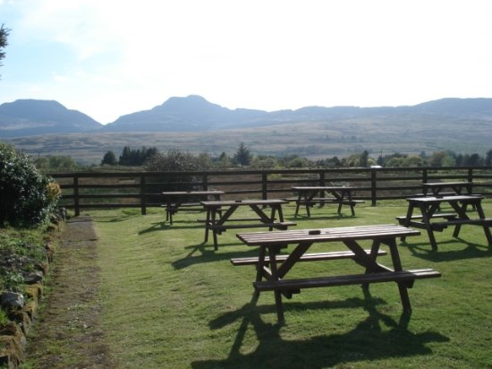 Bronaber, UK: Beer garden at the Rhiw Goch , 500 yds from the village.