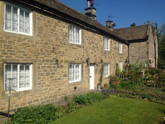 Eyam National Trust Guided Walks