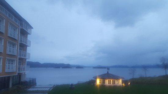 Osoyro, Norvège : 20170424_212240_large.jpg