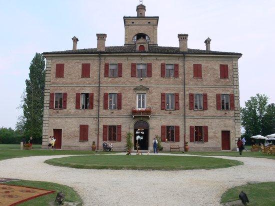 Bomporto, إيطاليا: facciata della villa