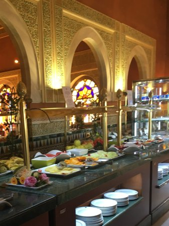 Hotel Alhambra Palace: Breakfast Buffet