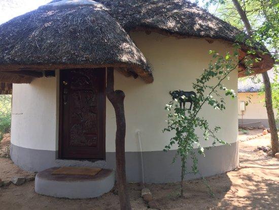 Balule Nature Reserve, Sydafrika: Our rondavel, Buffalo room.