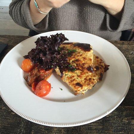 Cuckfield, UK: lunch