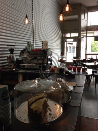 Eketahuna, Yeni Zelanda: Warm, friendly and always a great coffee.  We'd love to serve you...