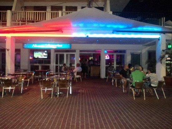Restaurante Aquarius: Excelente opcion nocturna!. Comida, Shows y Fiesta en la mejor ubicacion.