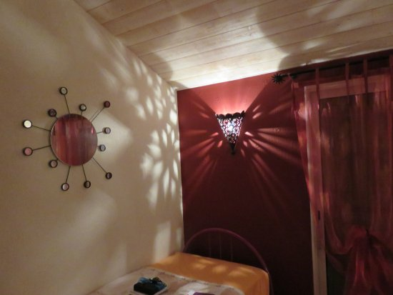 Coron, France : Chambre miroir