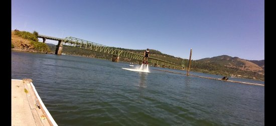 Gorge Flyboard: My first time flyboarding.