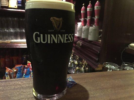 Multyfarnham, Irlanda: Weirs Bar and Restaurant