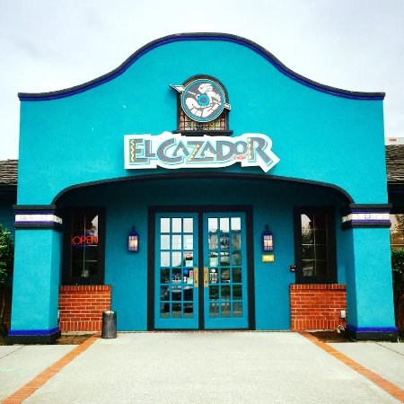 El Cazador: Proudly family owned and operated.  Consecutively voted Best of Whidbey! Serving you since 1982!