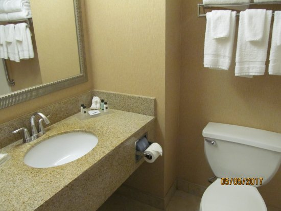 Country Inn & Suites by Radisson, Evansville, IN Image