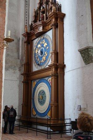 Lubeck Cathedral: Reloj astronómico Iglesa Santa Maria Lubeck