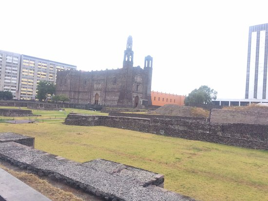 Vestigios sitio arqueológico de Tlatelolco