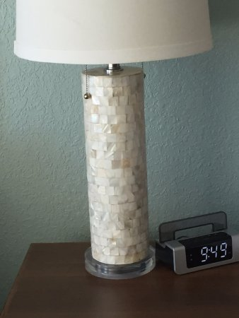 Best Western On The Beach: gorgeous lamp