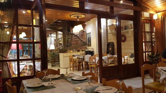 Phivos Restaurant : Терраса