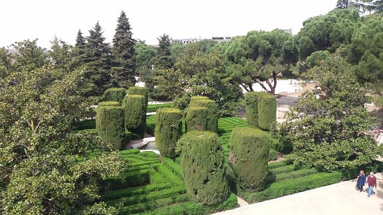 Madrid espa a jardines de sabatini picture of for Jardines de sabatini