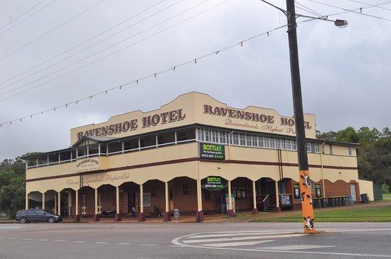 Ravenshoe, Австралия: Full of character