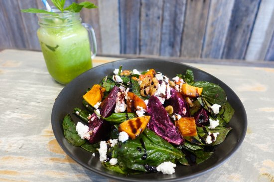 Coogee, Αυστραλία: Roast pumpkin and beetroot salad