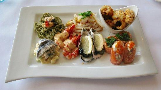 Flutes Restaurant: Seafood Taste Plate