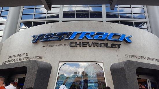 Testtrack Powered By Chevrolet Bild Von Test Track Presented By