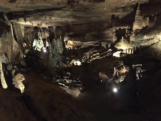 Raccoon Mountain Caverns : photo1.jpg