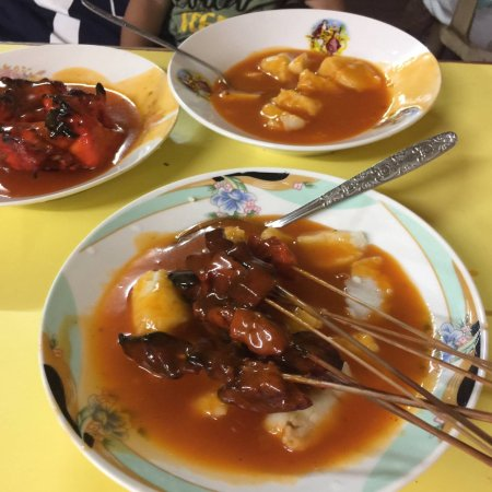 Mindanao, Filippijnen: I love Satti and it is 1st thing i do in Zamboanga it is in my list and I would like to have the