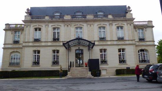 Rilly-la-Montagne, Francia: façade