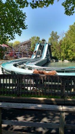 Eureka, MO: Small log ride