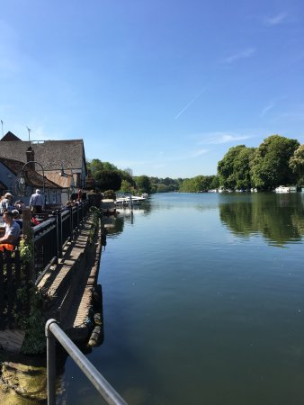 Pangbourne, UK: photo0.jpg
