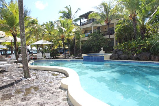 Hibiscus Beach Resort & Spa: Pool