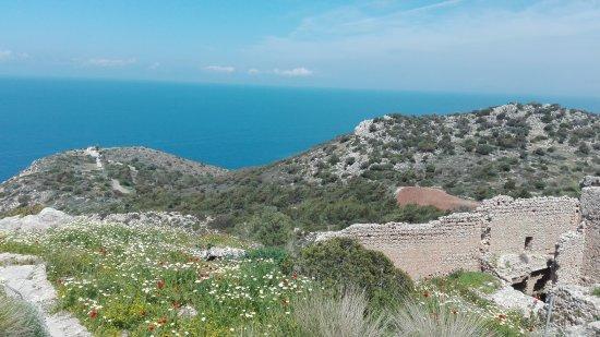 Asgourou, Grèce : Trümmertour