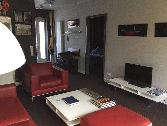 Wine coffee more suite hotel bewertungen fotos for Suite hotel hamburg