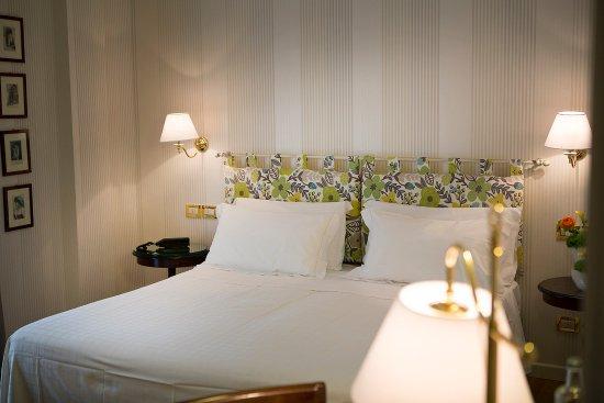 Regina Adelaide Hotel