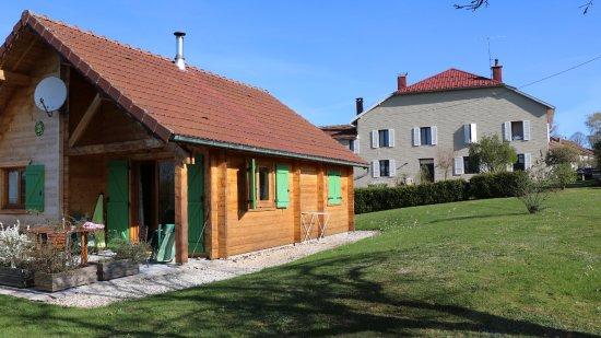 Le Frasnois, France: les chalets , hotel